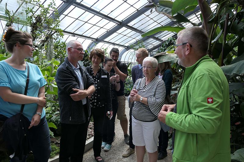 """Botanischer Garten Karlsruhe, Sonderführung """"Alles Bio"""", mit Staatssekretärin Gisela Klett, Copyright: SSG-BW"""