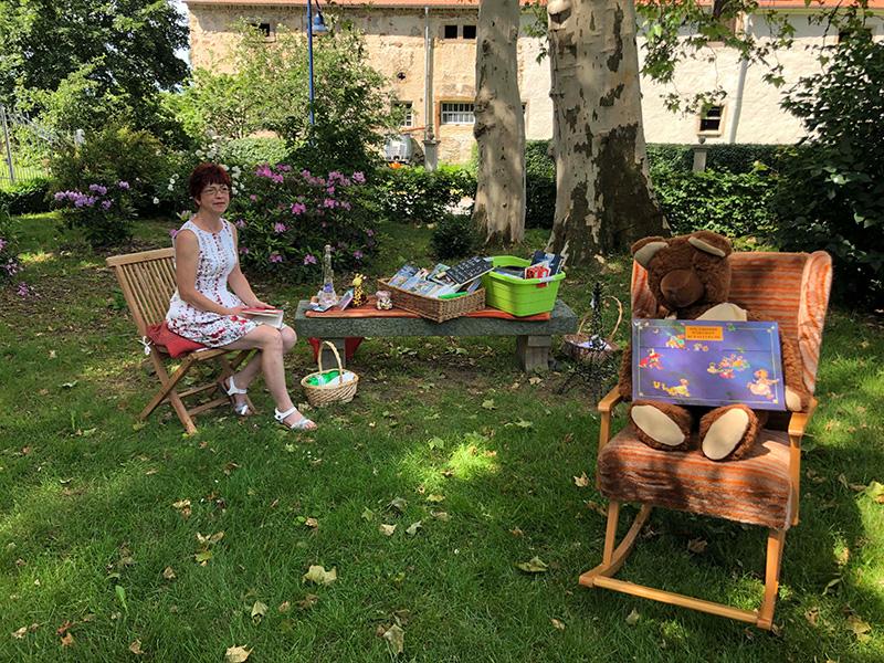 Schlosspark Gröditz, Bonjour beim Löwen, Vorlesen für Kids, Copyright: Hetzel