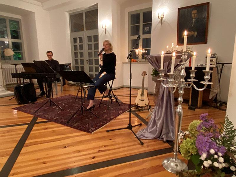 Chanson de Jardin mit Karolina Petrova u. Hans-Richard Ludewig, © Gudrun Hetzel